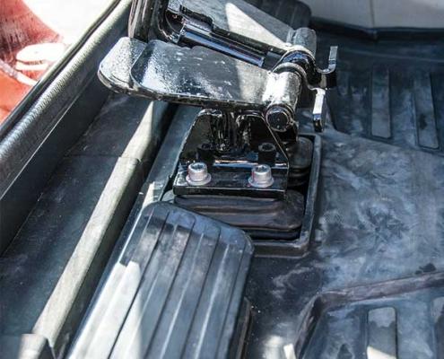 AC25FU-voetbediening-minigraver
