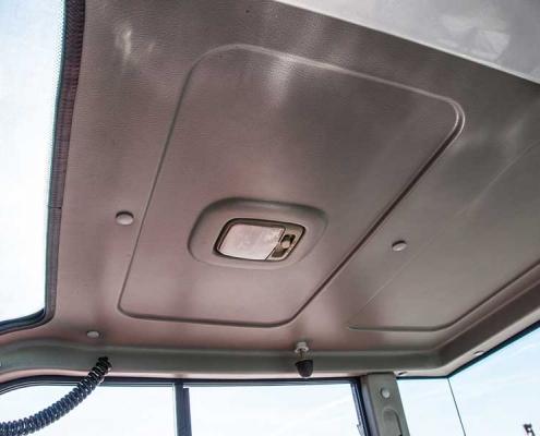 AC40UB-cabine-dak