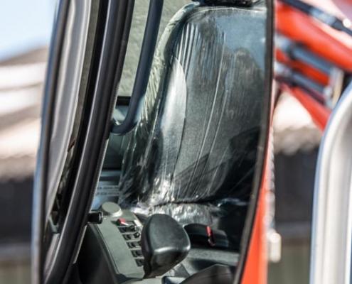 Atlas Minigraver AC 20B zijspiegel veiligheid en ergonomie atlas minigravers